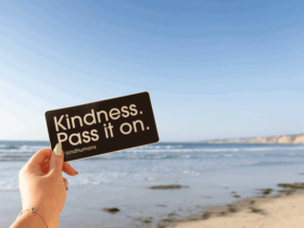 Why-kindness-makes-you-happy